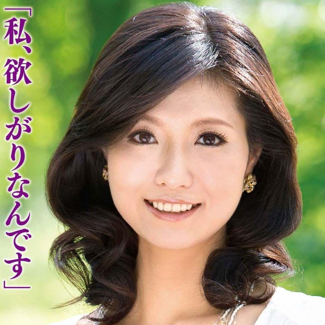 Download Video Japanese Hot Mom Tube182 - Japanese Mom Porn